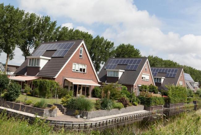 casas con placas solares